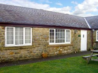 CURLEW, family friendly, country holiday cottage, with a garden in Haydon Bridge, Ref 12159