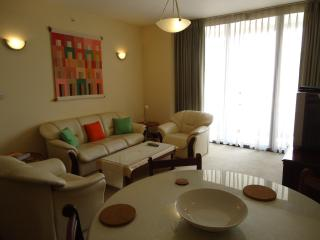 Luxury 2 bedroom apt in  Colombo 3, Sri Lanka.