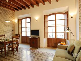 Relator. Authentic 1-bedroom, Seville