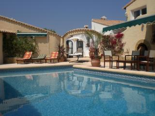 2 bedroom, 2 ensuite villa with pool - views of Med - Benidoleig vacation rentals