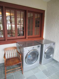 Laundry is never a chore here - brand new!