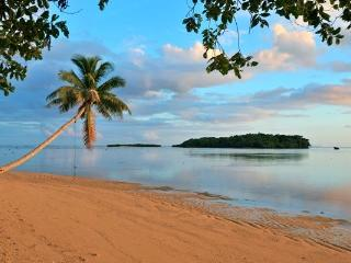 The ultimate beach bungalow!, Savusavu