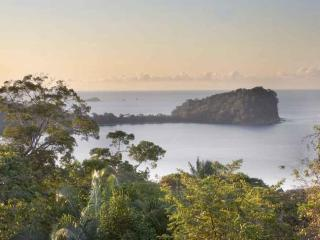 Beachhouse with Great Ocean View, Manuel Antonio National Park