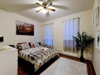 Cosy Central Park 2 bedroom Home - Manhattan vacation rentals