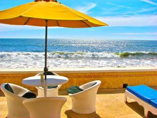 Luxury 2BR on Ocean Breakwater Private Beach Door, Mazatlan