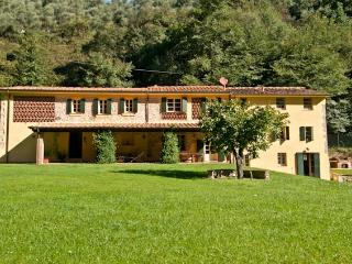 Tuscany Farmhouse Near Camaiore with a Private Pool - Casa Marta 1 - Paris vacation rentals