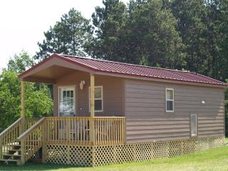 New Deluxe Cabins, Eagle River