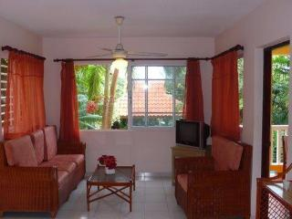 TROPICAL LIVING by the beach 1 bedroom, Puerto Plata