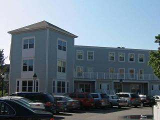 2 Bedroom Townhouse Downtown Portsmouth, NH - New Hampshire Seacoast vacation rentals