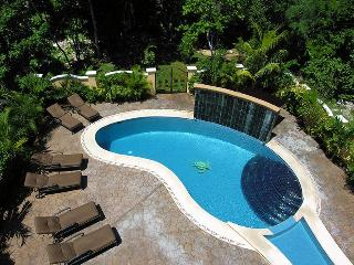 5 BR Secluded Luxury Villa with large Private Pool, Playa del Carmen