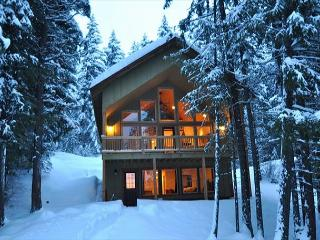 New Cabin in Evergreen Valley!  3BR/Loft + Bonus  **See Specials**, Ronald