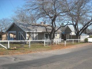 Post Oak Haus - Texas Hill Country vacation rentals