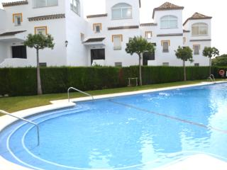 Sea view in Urb. with porter, high speed internet,, Marbella