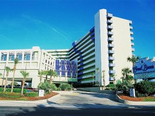 Fun-Filled Seaside Family Escape Oceanfront Condo, Myrtle Beach