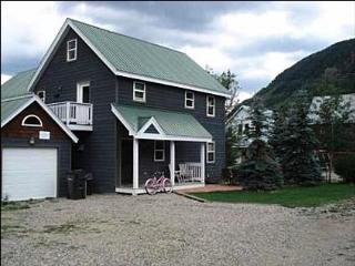 Comfortable Townhome - Great Choice for a Family with Children (1037), Crested Butte