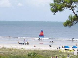 362 Sea Side Villa 1 Bedroom- steps from the beach, Hilton Head