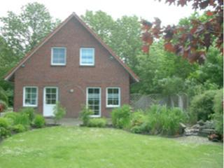 Vacation Home in Krummhörn - 1238 sqft, comfortable, relaxing (# 2513)