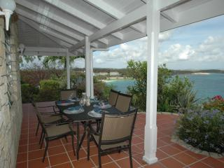 Ocean Villa w Cottage sleep 8, 2 min walk to beach - Long Bay vacation rentals