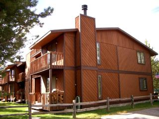 4 bedroom in-town Townhome, Angler's Rest, West Yellowstone