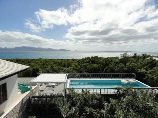 Villa Fay Perfect getaway for couples or families, Anguilla