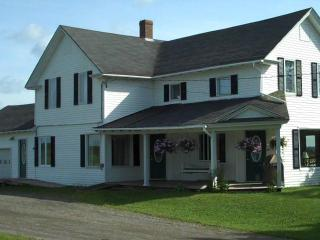 5 bedroom vacation rental home in Northern Maine, Saint David