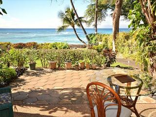 Direct Oceanfront Corner unit!!, Lahaina