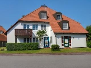 Vacation Apartment in Prerow - 807 sqft, newly furnished, comfortable, relaxing (# 2623), Ostseebad Prerow