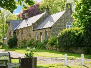 THE OLD SCHOOL ROOM, single-storey, country cottage, lawned garden in Longhorsley, Ref: 13778