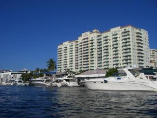 Luxury Condo with Ocean Views from Every Room, Fort Lauderdale