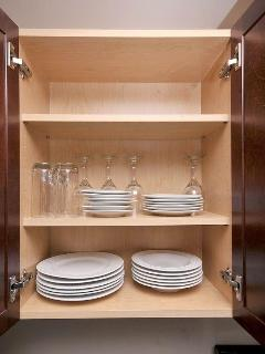 Fully Equipped Kitchen with Plates, Cutlery and Cookware