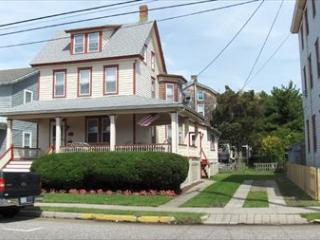 CLOSE TO BEACH AND TOWN 107154, Cape May