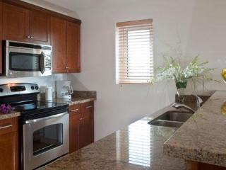 Studio with full kitchen close to everything, Providenciales