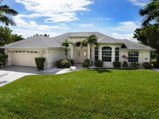 Very nice canalfront home House Moravia, Cape Coral