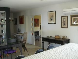 3 BR luxury furnished house in Blenheim