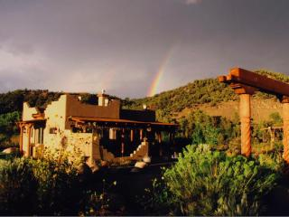 Private, Elegant Casita on River w Panoramic View, Durango