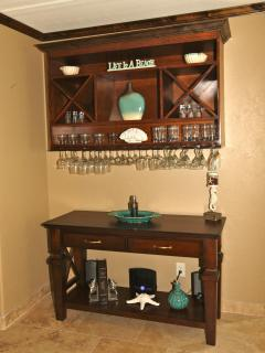 Fully equipped bar area