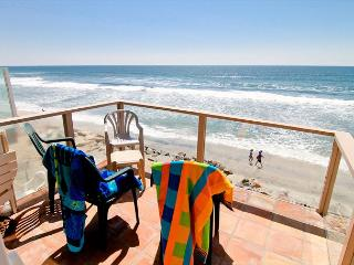 3 bedroom, Large Kitchen, Fireplace, Semi-private Beach, Oceanside