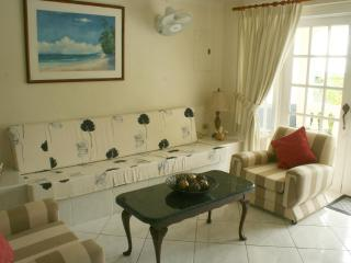 Annwin Apartment, Paynes Bay