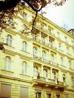 Exterior view of the apartment's building