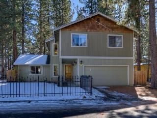 2,316sqft Luxury Home on Bike Trial W/ 11 Bikes, South Lake Tahoe