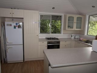 3 bedroom in Paddington cafe precinct 2 km to city, Brisbane