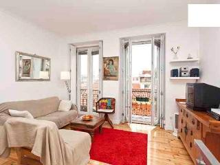 Duplex 2bedroom apartment -Center of Lisboa for 5