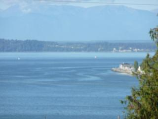 Romantic Cottage with hot tub - Whidbey Island vacation rentals