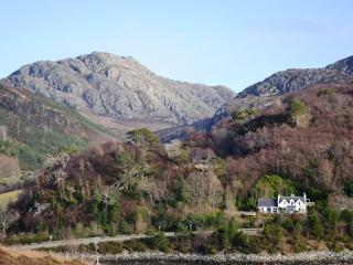 Gairloch Holiday House- Birchwood by the sea
