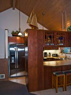 Gourmet all new stainless kitchen with purified water: (reverse osmosis system)