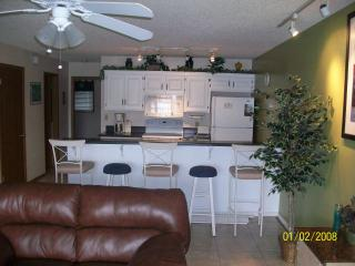 $110/night Beautiful Osage Beach Waterfront Condo
