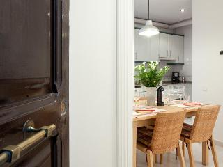 Beautiful Holiday Sagrada Familia Apartment - Barcelona vacation rentals