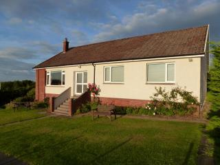 AULDBYRES Farm cottage in Ayrshire countryside
