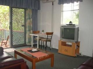 2 bedroom in Paddington cafe precinct 2km to city, Brisbane