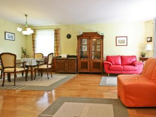 Exclusive House with Garden near the City Center, Salzburg